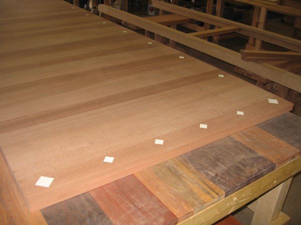 Insets Layout in Dining Table Top